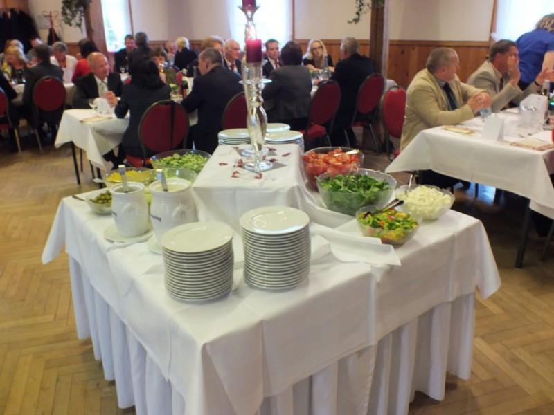 Gasthaus zur Linde Oesingen Festsaal Buffet